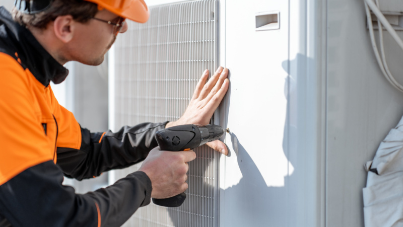 Basic AC Problems Faced By People Of UAE